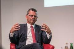Daniel-Bruellmann_UBS-Fund-Management-AG.jpg